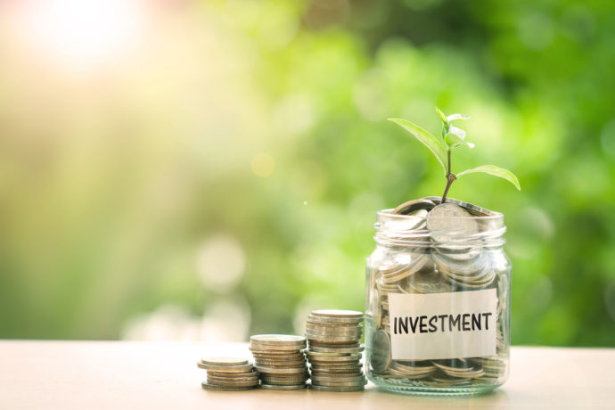 investment, mason jar, quarters, money plant